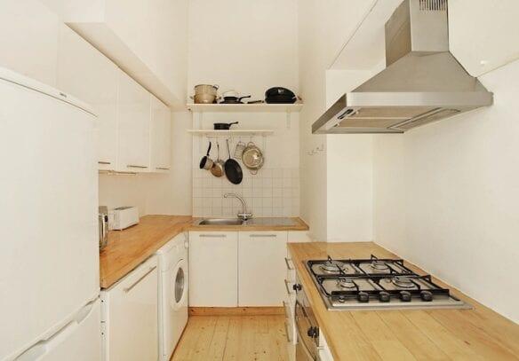 208 Kitchen