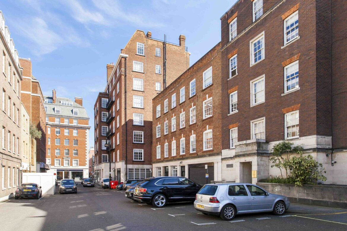 Reeves Mews apartment for sale street view