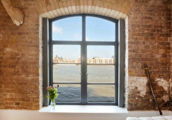 riverside-loft-rotherhithe-street-SE16-window-thames-view