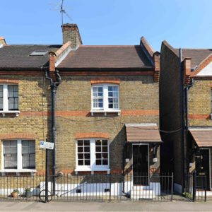 cottage-ufford-street-waterloo-se1-exterior-shot