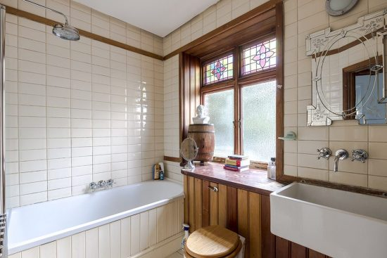 bathroom at the limes cottage