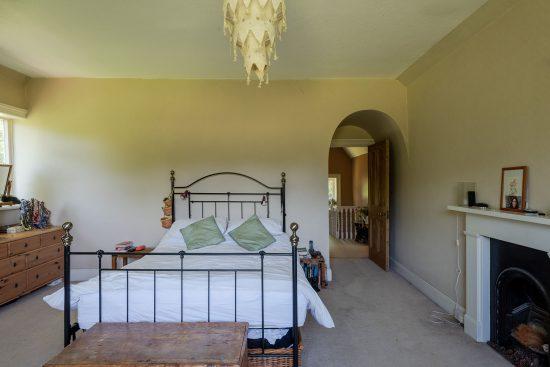 Original-Victorian-Lodge-Enfield-London-EN2-for-sale-12.jpg