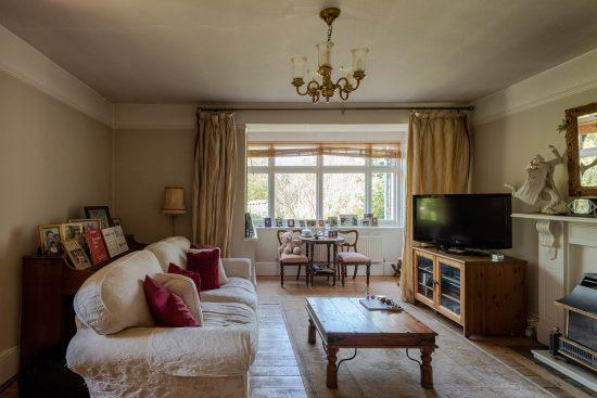 Original-Victorian-Lodge-Enfield-London-EN2-for-sale-3.jpg