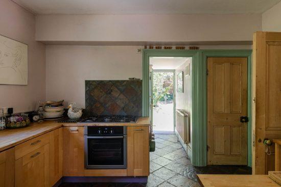 Original-Victorian-Lodge-Enfield-London-EN2-for-sale10.jpg