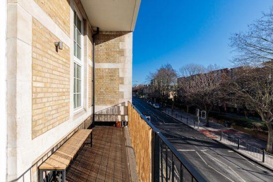 balcony-hackney-road-E2.jpg