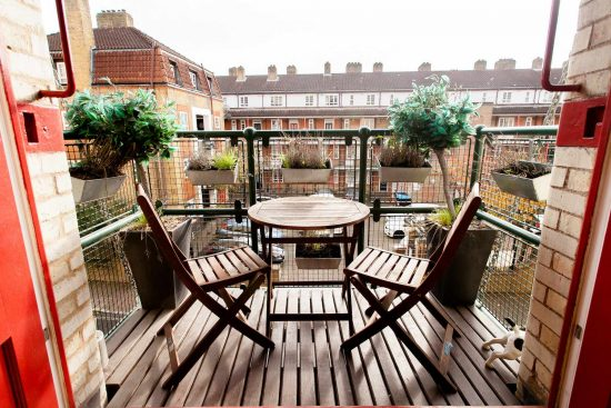 balcony-warehouse-conversion-two-bedroom-rotherhithe-street-se16