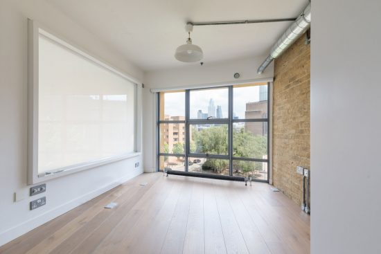 main bedroom at bankside lofts apartment se1