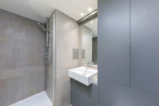 bathroom-contemporary-hackney-E2.jpg