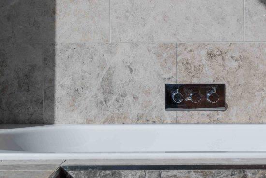 bathroom-tiles-doors-salisbury-street-acton-w3