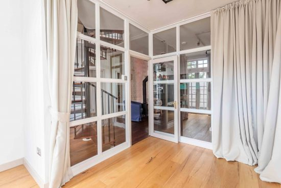 bedroom-reception-doors-salisbury-street-acton-w3