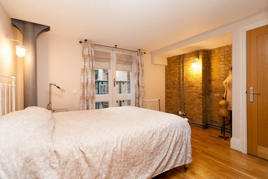 bedroom-warehouse-conversion-two-bedroom-rotherhithe-street-se16