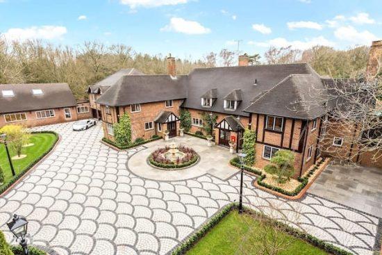 chalfont-manor-buckinghamshire-HP8-unique-property-company1