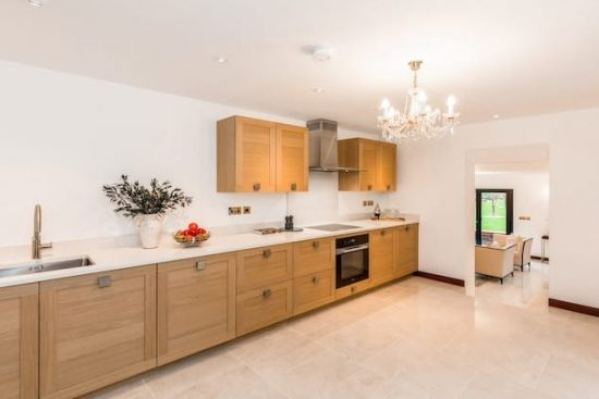 chalfont-manor-buckinghamshire-HP8-unique-property-company25