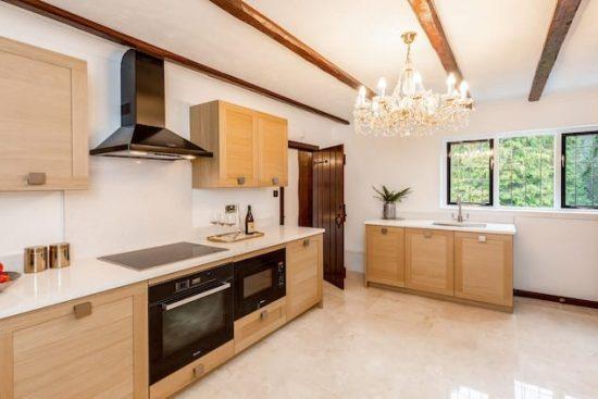 chalfont-manor-buckinghamshire-HP8-unique-property-company30