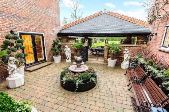 chalfont-manor-buckinghamshire-HP8-unique-property-company34