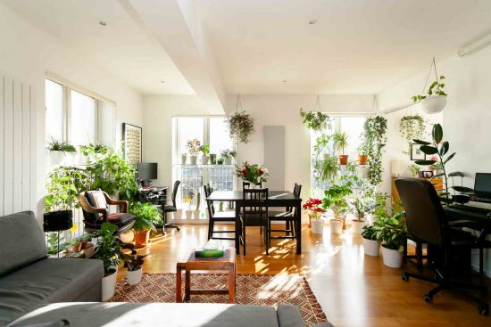 contemporary-one-bedroom-apartment-stepney-city-apartments-e1-9.jpg