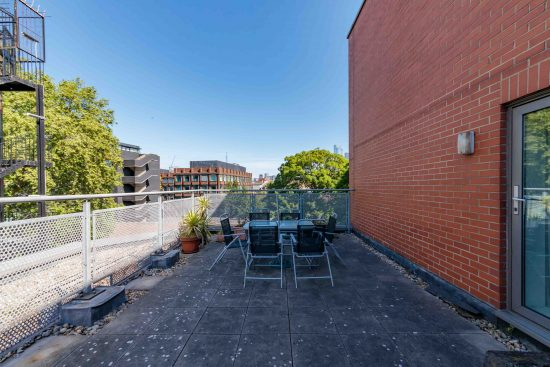 contemporary-warehouse-madison-apartments-se1-terrace-view