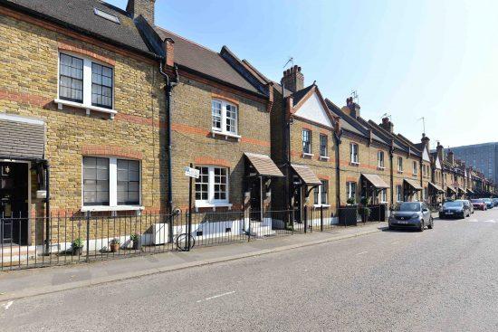 cottage-ufford-street-waterloo-se1-exterior-street.jpg