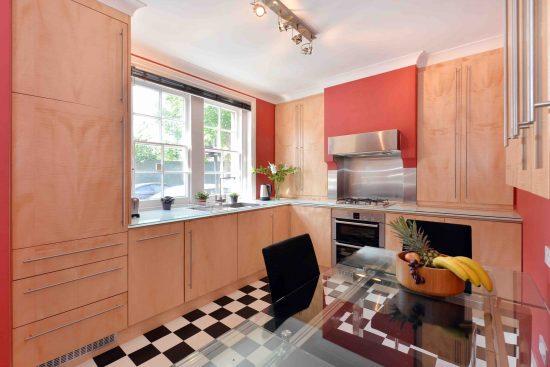 cottage-ufford-street-waterloo-se1-kitchen.jpg