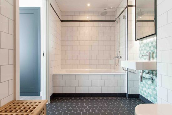 defoe-house-london-city-island-e14-0tu-bathroom1