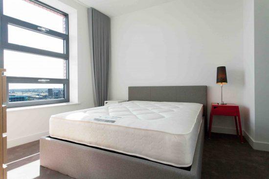 defoe-house-london-city-island-e14-0tu-bedroom1