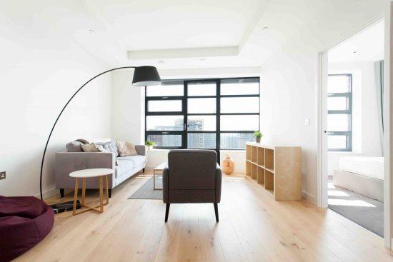 defoe-house-london-city-island-e14-0tu-reception-room-2
