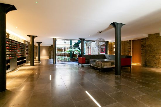 entrance-warehouse-conversion-two-bedroom-rotherhithe-street-se16