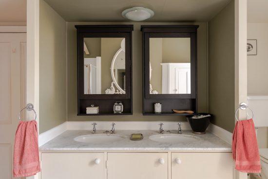 family-bathroom-sinks-Umfreville-Road-green-lanes-n4