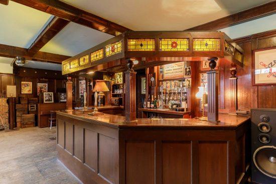 film-location-hire-pub-hammersmith-london-w6-14