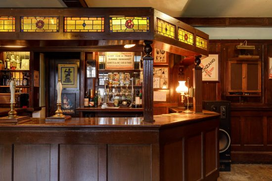 film-location-hire-pub-hammersmith-london-w6-16