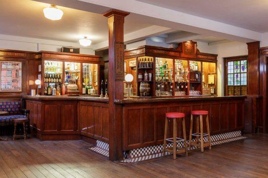 film-location-hire-pub-hammersmith-london-w6-18