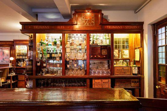 film-location-hire-pub-hammersmith-london-w6-23