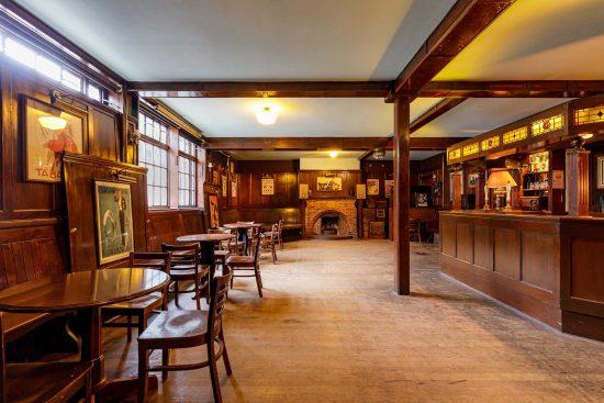 film-location-hire-pub-hammersmith-london-w6-6