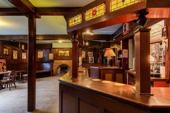 film-location-hire-pub-hammersmith-london-w6-8-13
