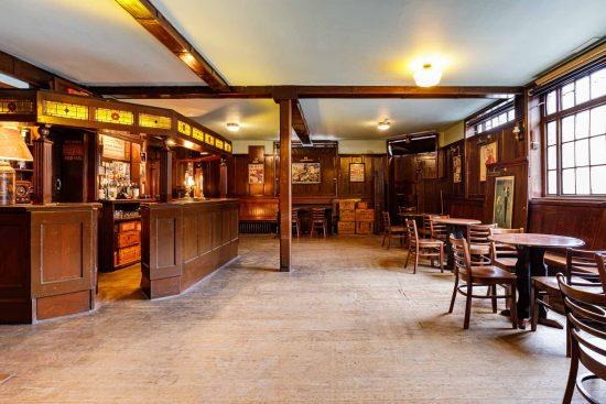 film-location-hire-pub-hammersmith-london-w6-9