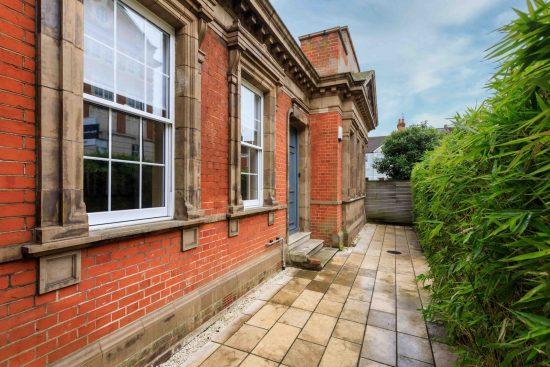 front-garden-salisbury-street-acton-w3.jpg