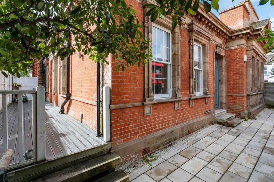front-garden-terrace-salisbury-street-acton-w3.jpg