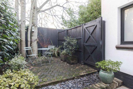 gate house clapham rear garden