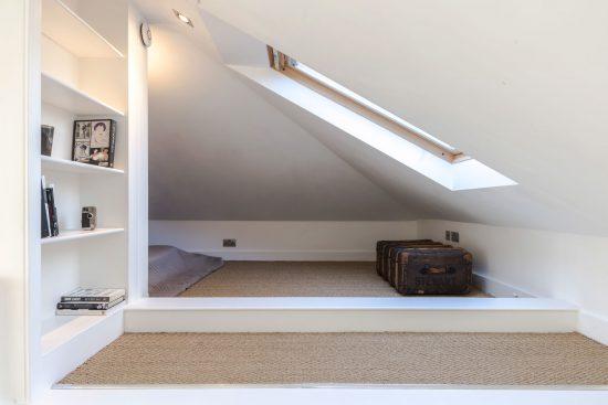 gate house clapham bed deck