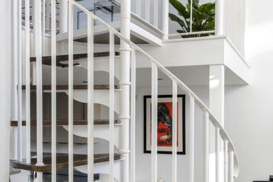 gate house clapham spiral staircase