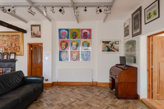 holly-lodge-chislehurst-br7-for-sale-unique-property-company23
