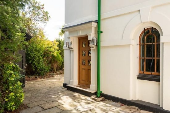 holly-lodge-chislehurst-br7-for-sale-unique-property-company26