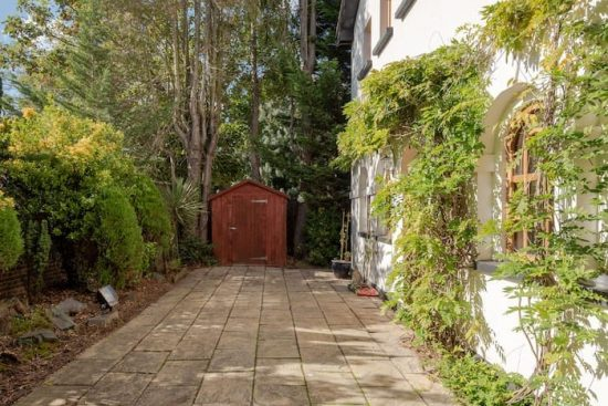 holly-lodge-chislehurst-br7-for-sale-unique-property-company27