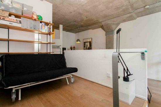 industrial-one-bedroom-apartment-angel-london-n1-7