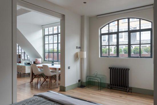kean street wc2 bedroom with door to living room