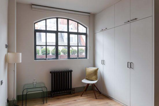 kean street wc2 bedroom window