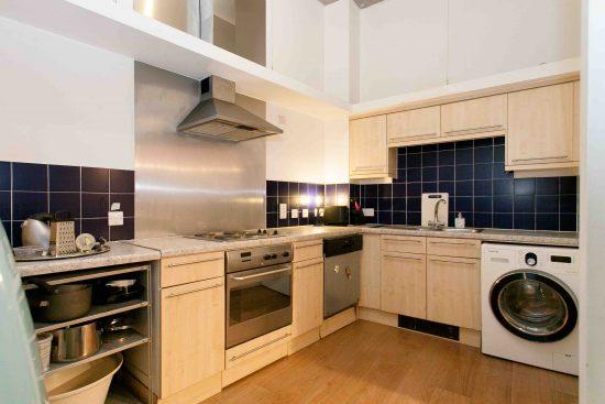kitchen-industrial-one-bedroom-apartment-angel-london-n1