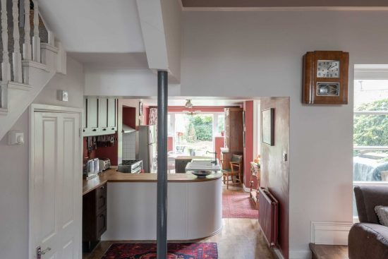 kitchen-view-Umfreville-Road-green-lanes-n4.jpg