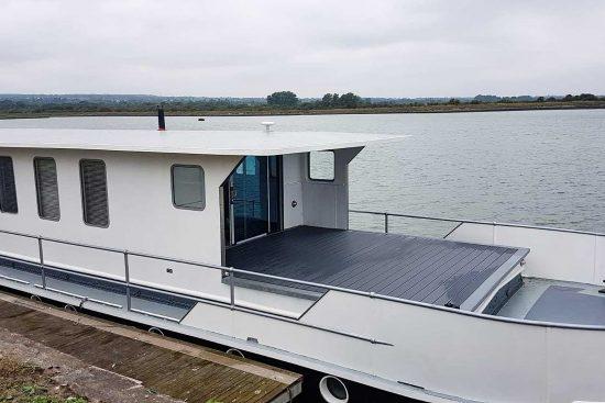 nicella-boat-woodgers-wharf-3.jpg