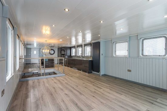 nicella-boat-woodgers-wharf-35.jpg